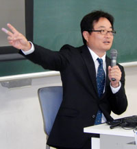 講師の東さん