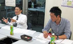 日刊建設通信新聞社 竹本記者(左) 赤島記者(右)